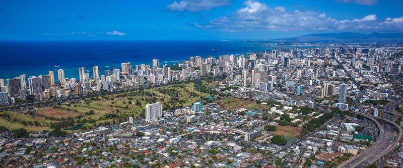 Vista de Honolulu céntrica foto de archivo libre de regalías