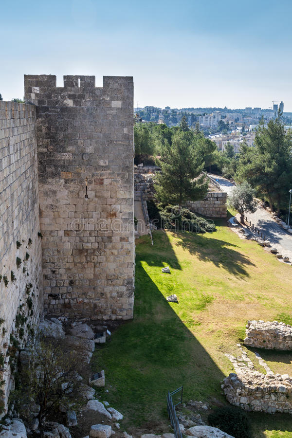 Vista de Jerusalén de la ciudad vieja de la pared imagen de archivo