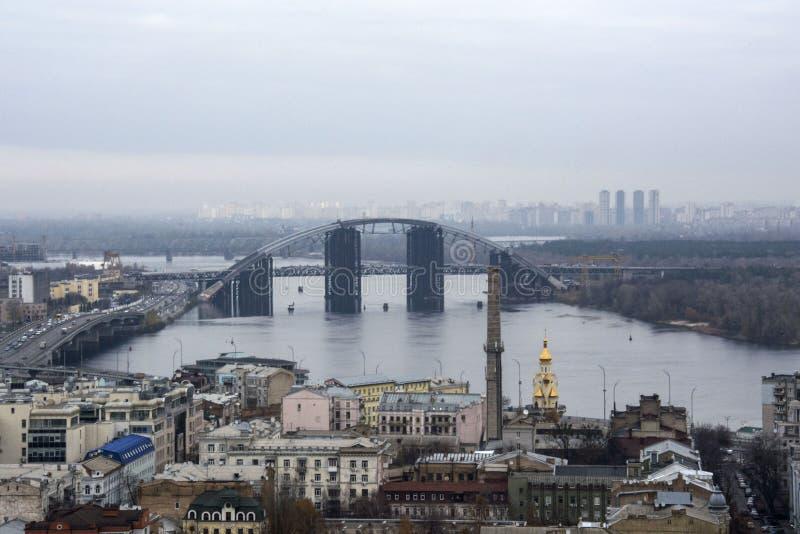 Vista de Kiev da igreja do ` s de St Andrew, Kiev, Ucrânia foto de stock royalty free