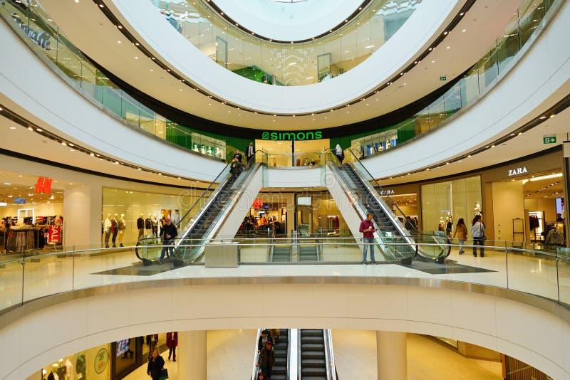 Vista de la alameda de compras del centro de Rideau en Ottawa céntrica, Canadá fotografía de archivo libre de regalías