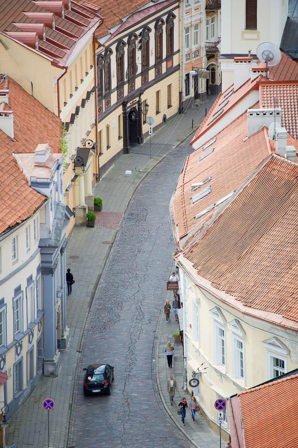 Vista de la calle vieja de la ciudad de Vilna fotografía de archivo libre de regalías