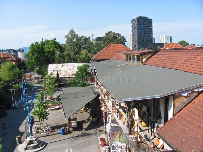 Vista de la ciudad de Metelkova, Ljubljana, Eslovenia foto de archivo