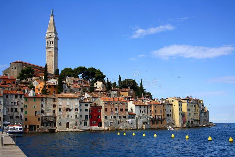 Vista de la ciudad de Rovinj en Istria foto de archivo