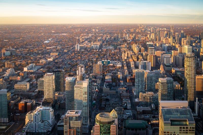Vista de la ciudad desde arriba - Toronto, Ontario, Canadá de Toronto imagen de archivo
