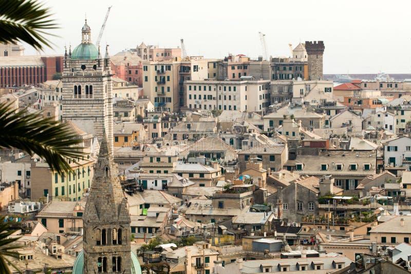 vista de la ciudad de Génova en verano imagen de archivo