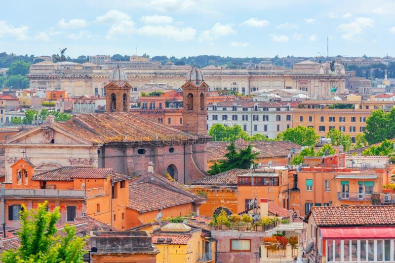 Vista De La Ciudad De Roma Desde Arriba De La Colina De