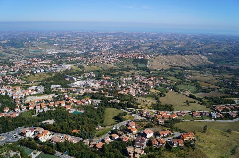 Vista de la ciudad, San Marino foto de archivo