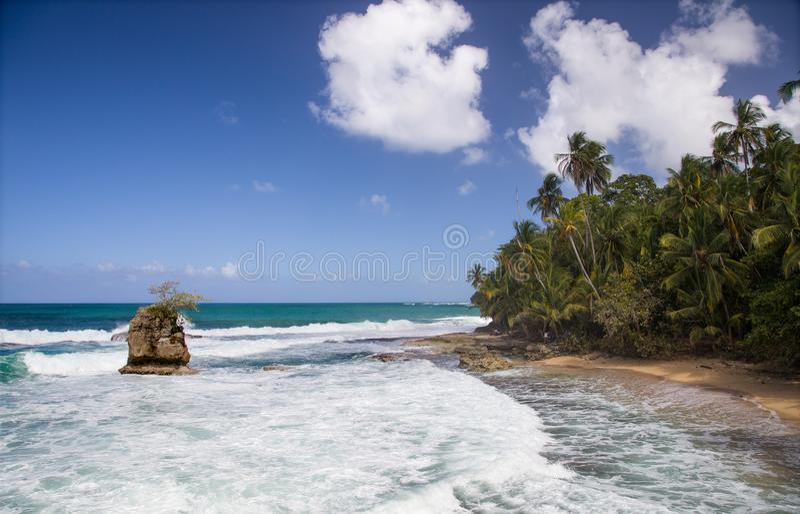 Vista de la costa del Caribe meridional hermosa de Costa Rica fotos de archivo libres de regalías