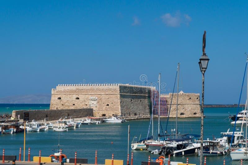 Vista de la fortaleza Castello Mare Koules en Herakleio de Creta en Grecia fotos de archivo libres de regalías
