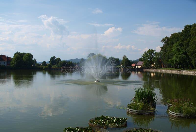 Vista de la fuente, parque del balneario, Kudowa Zdroj imagen de archivo libre de regalías