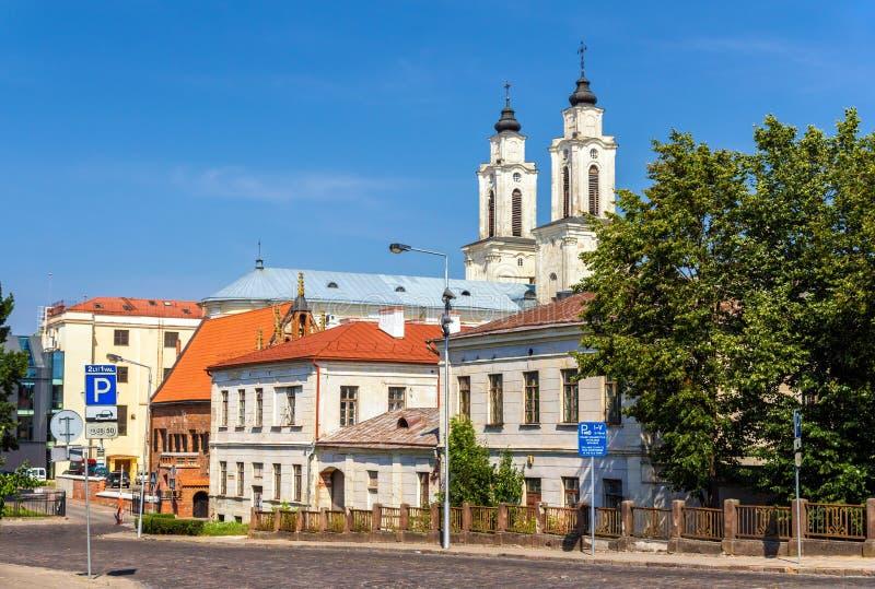 Vista de la iglesia de St Francis Xavier en Kaunas foto de archivo