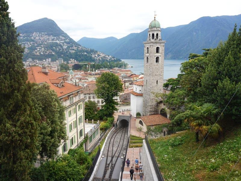 Vista de la iglesia de Santa Maria Immacolata de los di de Chiesa y del ferrocarril funicular foto de archivo libre de regalías
