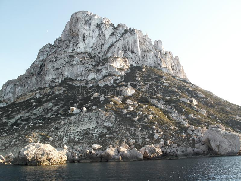 Vista de la isla del Es Vedra imagenes de archivo