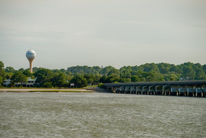 Vista de la isla neaar de la caza de Carolina del Sur de la isla del fripp foto de archivo libre de regalías
