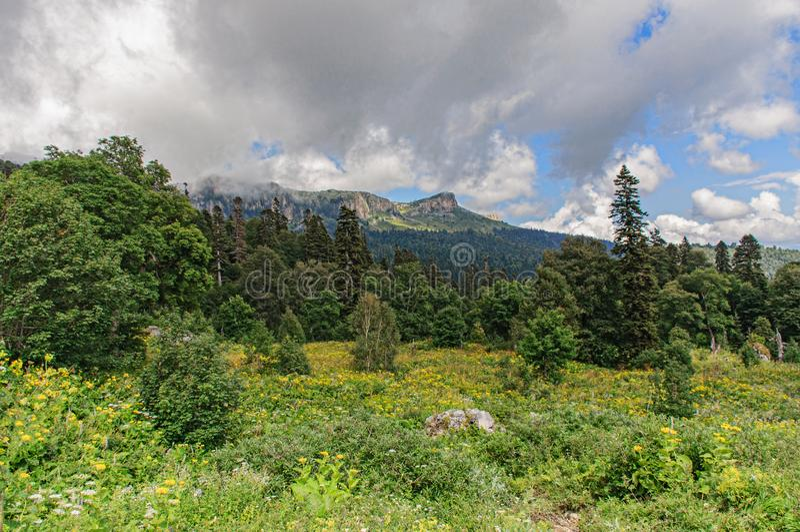 Vista de la montaña Thach grande foto de archivo libre de regalías
