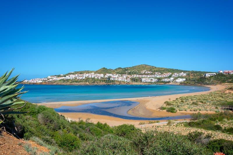 Vista de la playa de Cala Tirant en Menorca, Islas Baleares España imágenes de archivo libres de regalías
