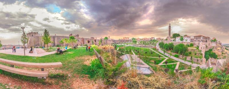 Vista de la región histórica de Sur en Diyarbakir, Turquía fotos de archivo libres de regalías