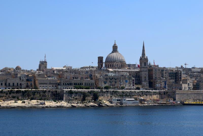 Vista de La Valeta de la costa de Sliema, Malta fotos de archivo libres de regalías