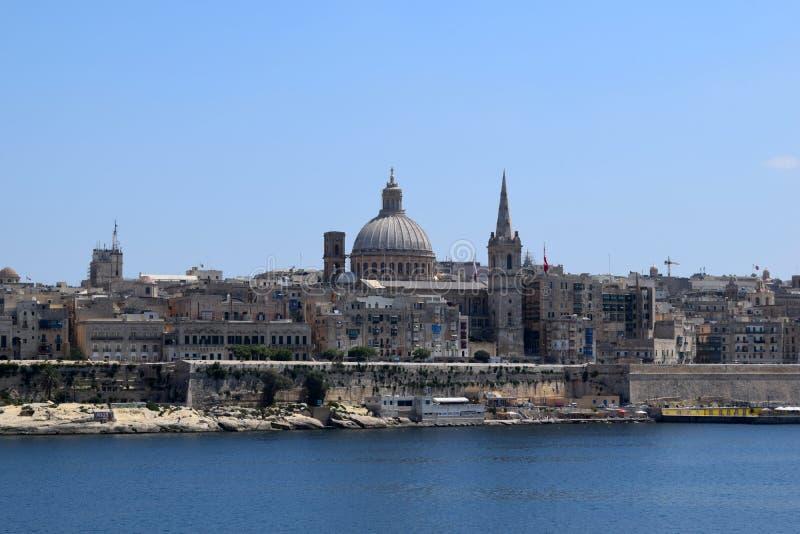 Vista de La Valeta de la costa de Sliema, Malta imagen de archivo libre de regalías