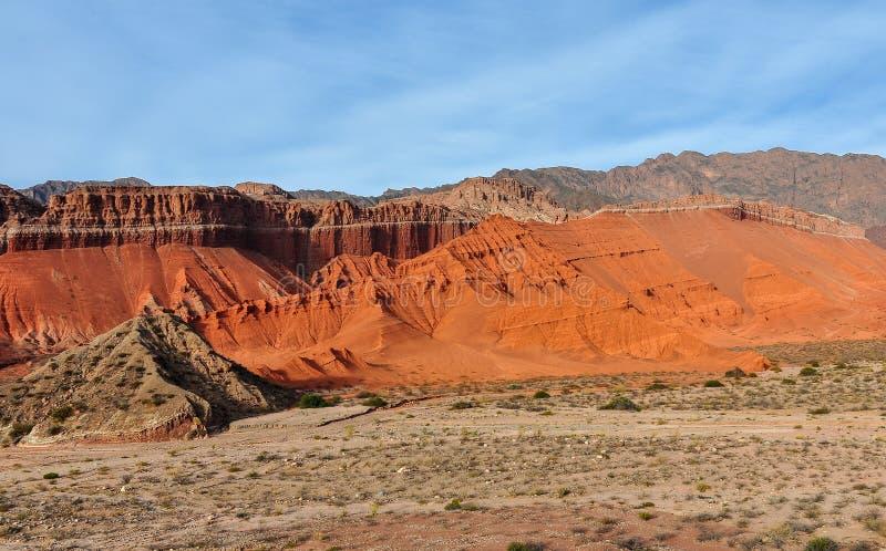 Vista de las formaciones de roca en el Quebrada de las Conchas, Argentin fotografía de archivo