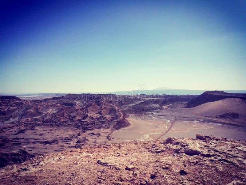 Vista de las formaciones de roca en el valle lunar en San Pedro de Atacama, Chile imagen de archivo libre de regalías