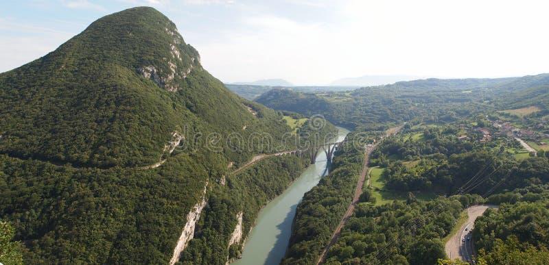 Vista de las montañas suizas fotos de archivo libres de regalías