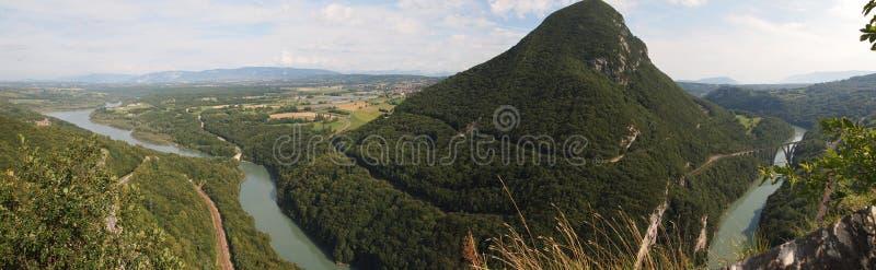 Vista de las montañas suizas imagen de archivo libre de regalías