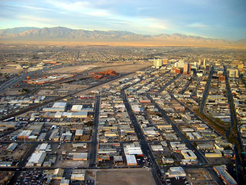 Vista de Las Vegas e do deserto Las Vegas, Nevada, EUA foto de stock royalty free