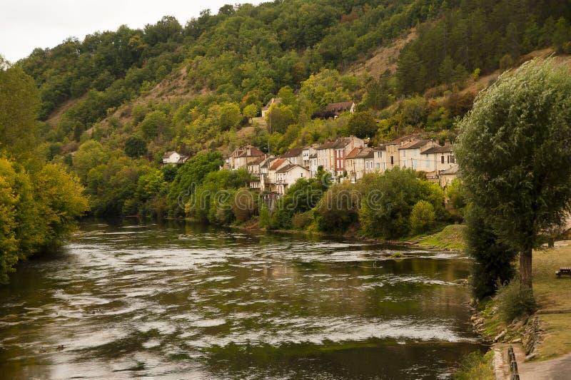 Vista de Les-Eyzies-de-Tayac-Sireuil France imagem de stock