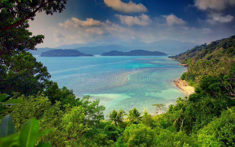 Vista de Long Beach, ilha de Ko Chang, Tailândia fotografia de stock