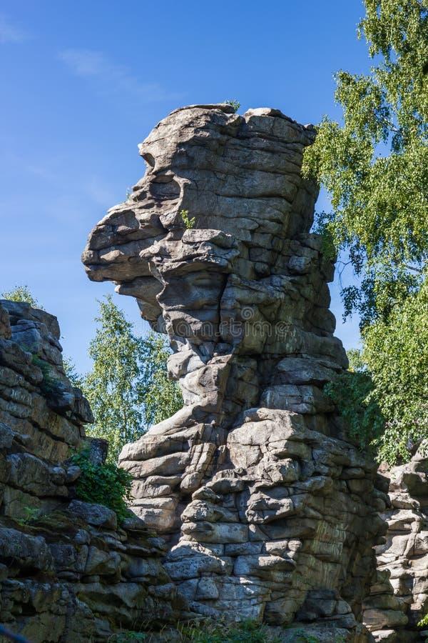 Vista de los acantilados de los siete hermanos en la región de Sverdlovsk fotos de archivo libres de regalías
