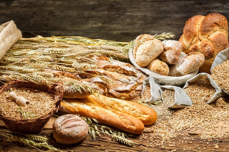 Vista de los productos en panadería fotografía de archivo libre de regalías