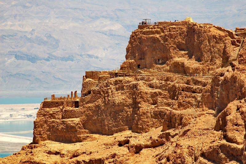 Vista de Masada e de Mar Morto fotografia de stock
