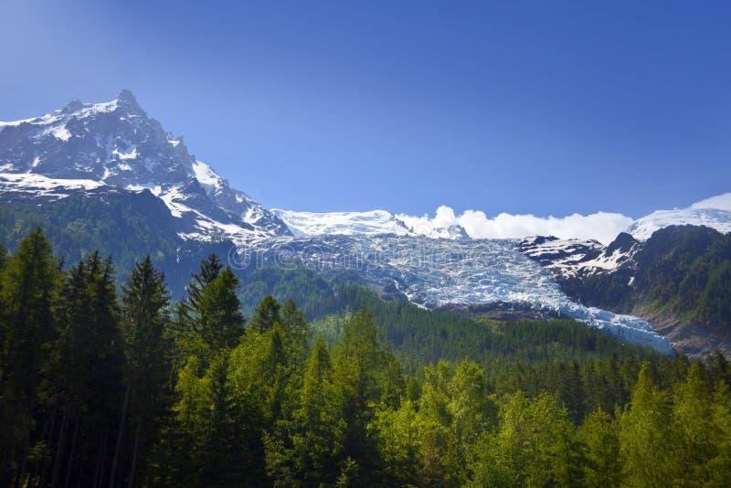 Vista de Mont Blank masive foto de stock