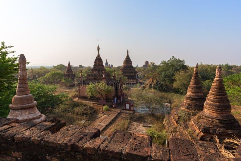 Download Vista De Muitos Pagodes E Templos Em Bagan Imagem de Stock - Imagem de outdoors, nave: 107529503