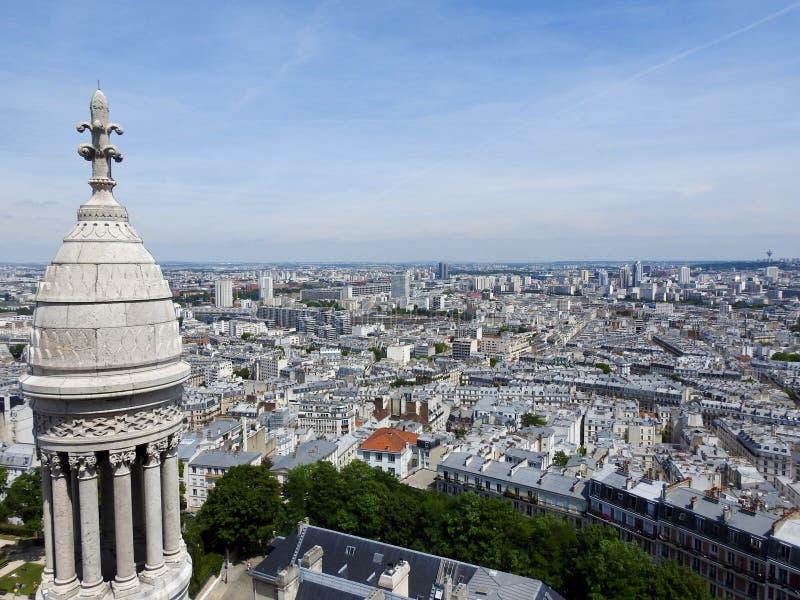 Vista de París Francia de la basílica de Montmartre de Sacre Coeur imagen de archivo