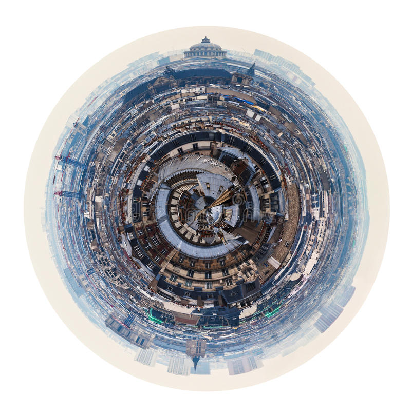 Vista de Paris com panteão na mola imagem de stock