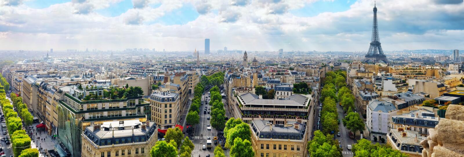 Vista de Paris de Arc de Triomphe. Paris. França. imagem de stock royalty free