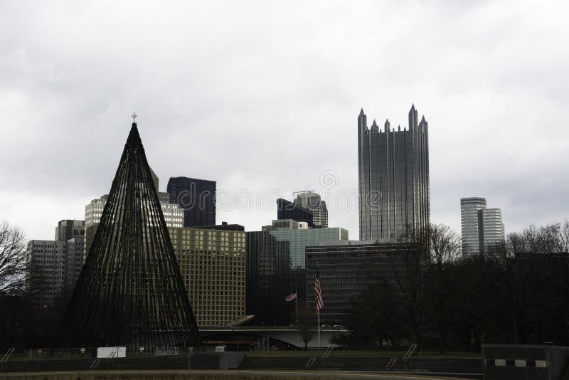 Vista de Pittsburgh en el invierno fotos de archivo