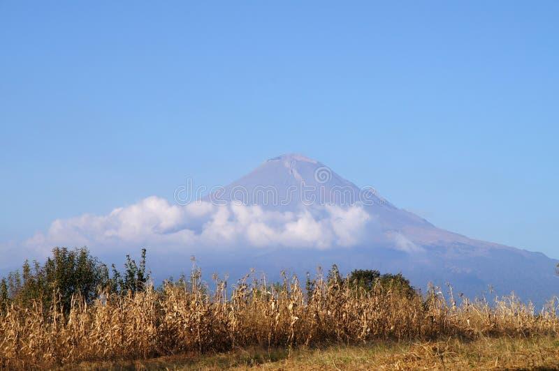 Vista de Popocatepetl volcan, México foto de stock