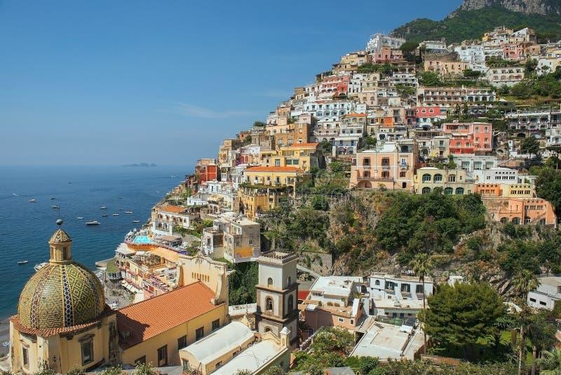 Vista de Positano, costa de Amalfi, região do Campania, Itália imagem de stock royalty free