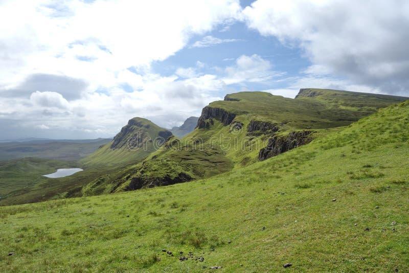 Vista de Quiraing, ilha de Skye, Escócia imagem de stock