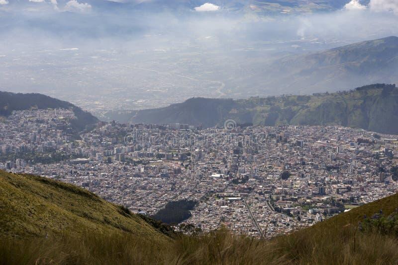 Vista de Quito, capital de Ecuador fotos de archivo libres de regalías