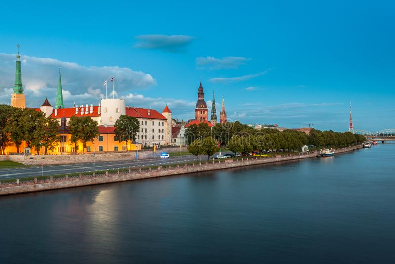 Vista de Riga, Latvia fotografia de stock royalty free