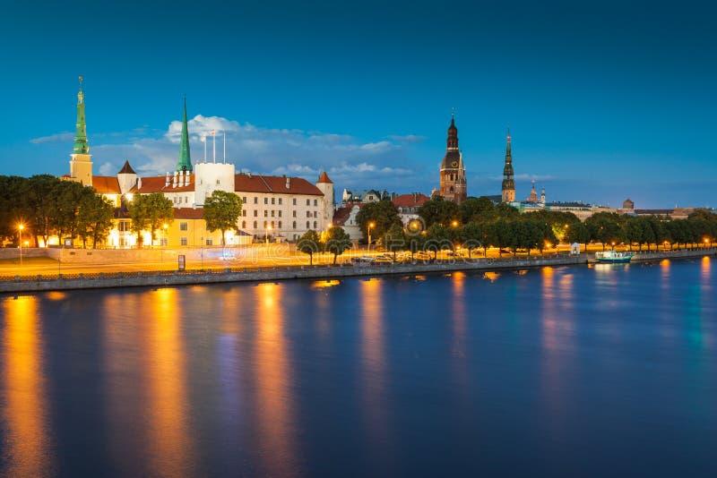 Vista de Riga, Latvia fotos de stock