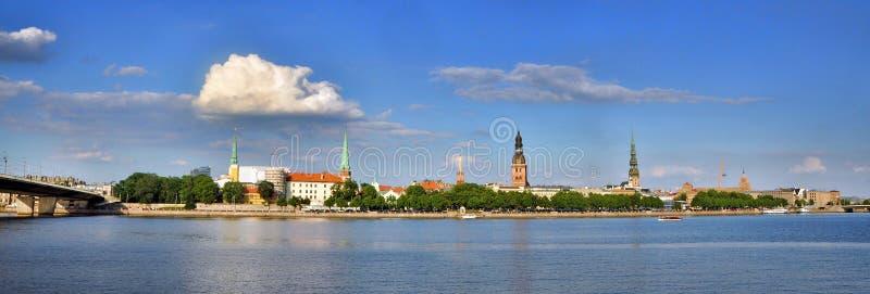 Vista de Riga velho fotografia de stock royalty free