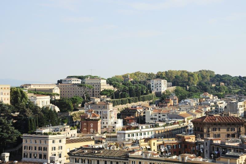 Vista de Roma da basílica de St Peter Cidade Estado do Vaticano Roma, Itália foto de stock
