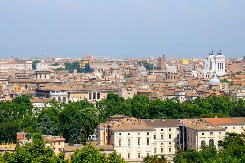 Vista de Roma do monte de Janiculum fotografia de stock