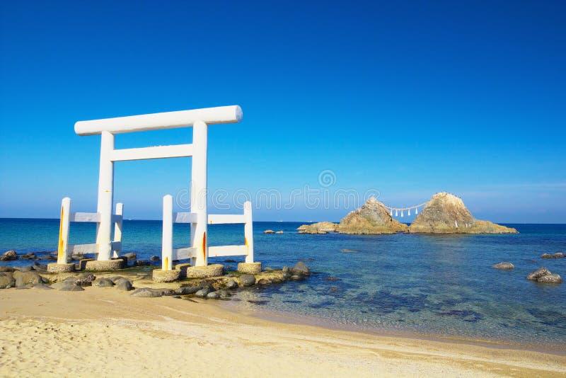 Vista de Sakurai Futamigaura en Itoshima, prefectura de Fukuoka, Japón fotos de archivo libres de regalías