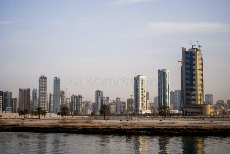 Vista de Sharjah, Emiratos Árabes Unidos foto de stock royalty free